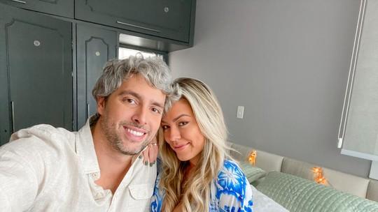 Isabella, do BBB19, decora novo apartamento com o namorado: 'Só aumenta a vontade de estar junto'