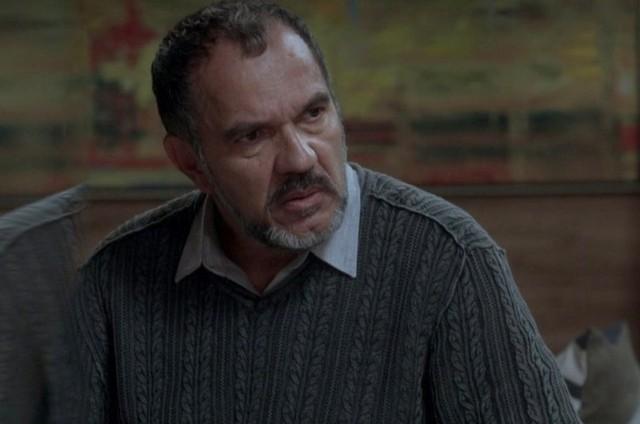 Humberto Martins em cena como Germano em 'Totalmente demais' (Foto: TV Globo)