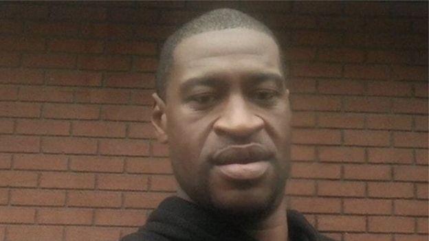 George Floyd, de 46 anos, foi morto durante abordagem policial nos Estados Unidos (Foto: Twitter/ Ruth Richardson)