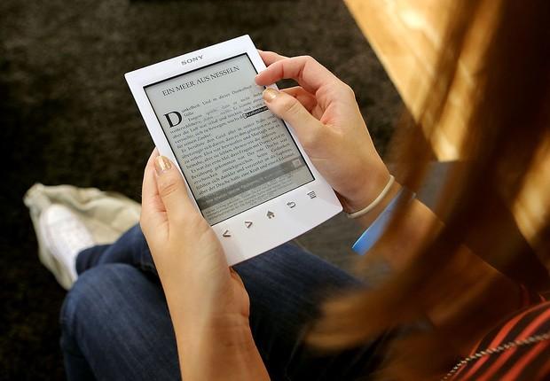 E-book; ebook; book; leitura; tablet; educação (Foto: Hannelore Foerster/Getty Images)