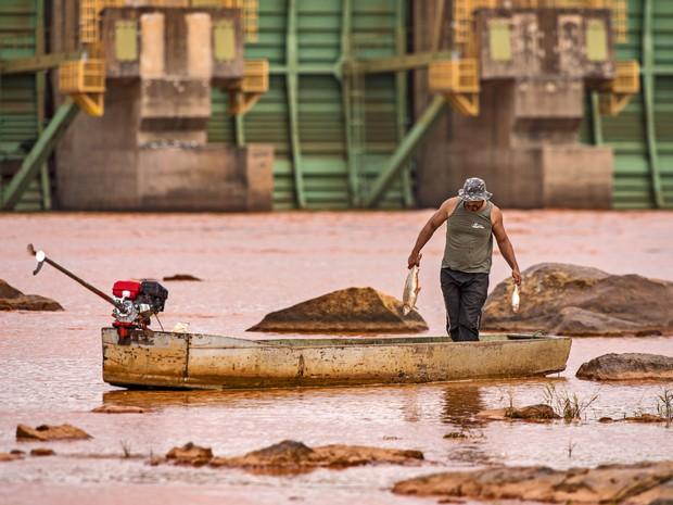 Fotógrafo registra imagens dos impactos da lama da Samarco no Rio Doce (Foto: Leonardo Merçon/ Últimos Refúgios)