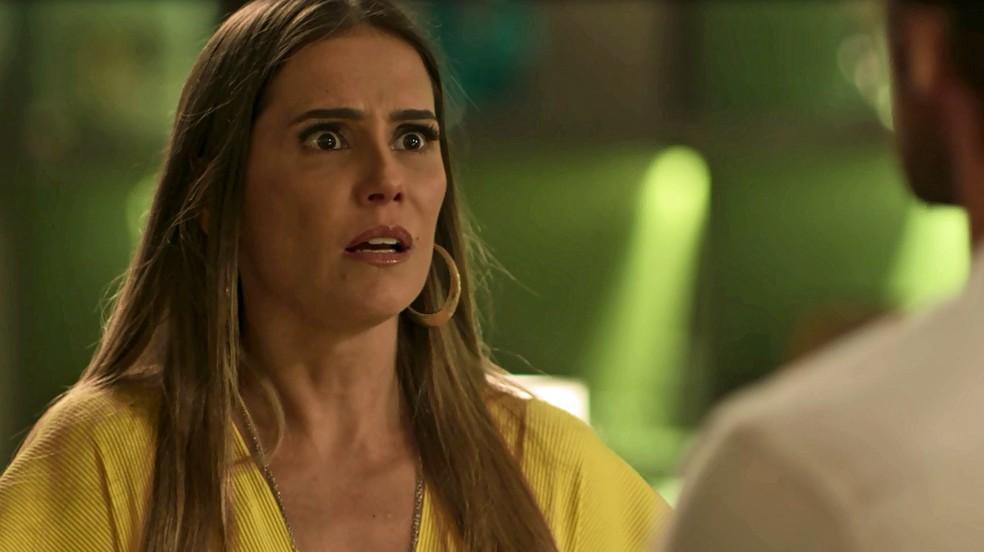 A perua finge que está arrasada com a acusação (Foto: TV Globo)