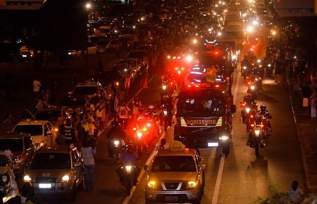 Corpo de Eduardo Campos chega a Recife (Foto: Fernando Frazão/Abr)