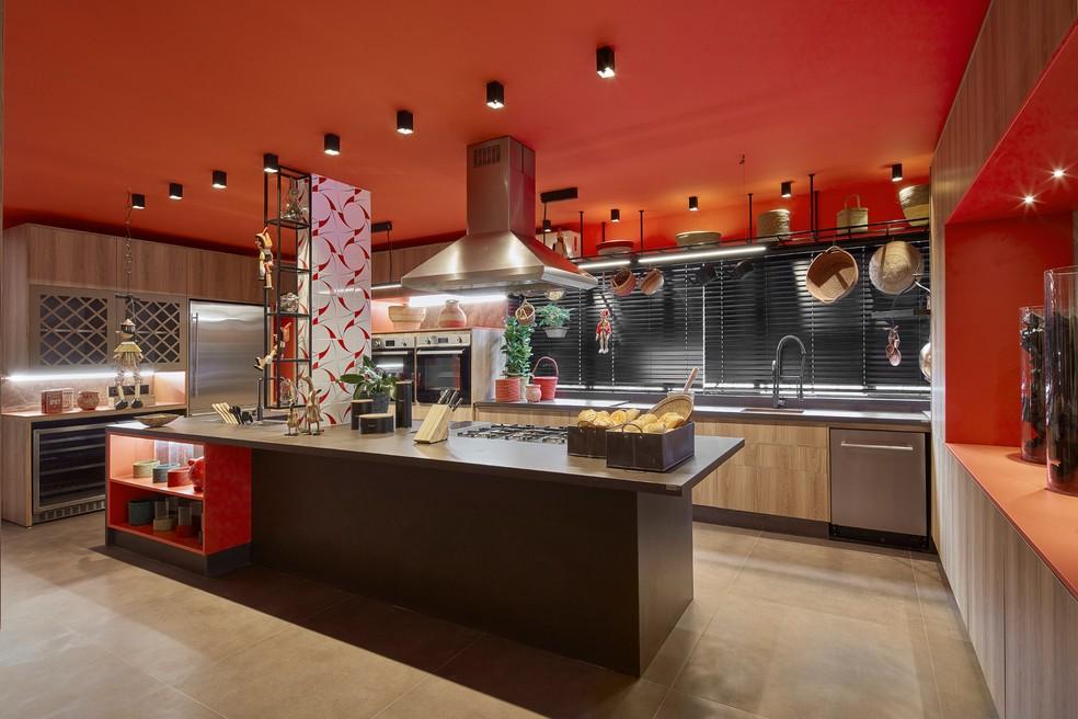 Cozinha Coral, de de Regina Amaral em Goiânia, Goiás ? Foto: Palavra Comunicação/Divulgação