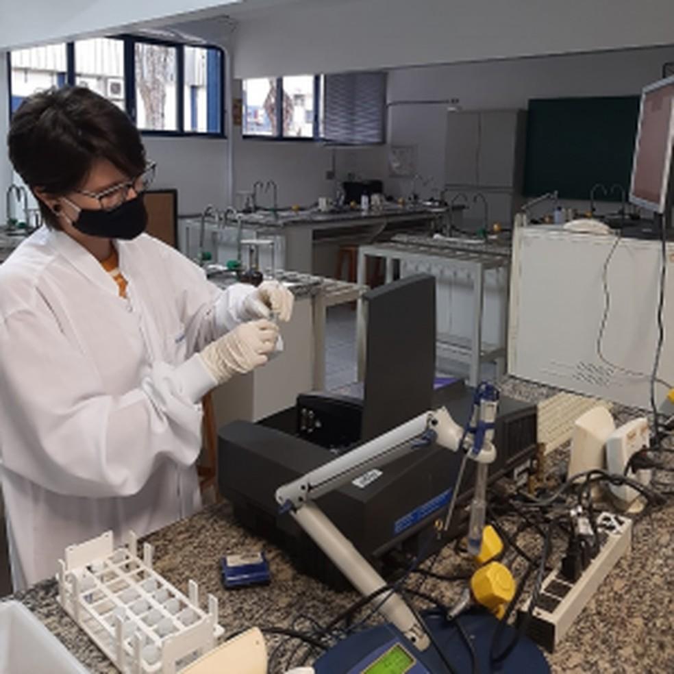 Unifal realiza pesquisas para criar testes rápidos de Covid-19 para diagnosticar o vírus nos primeiros dias de infecção — Foto: Luciano Sindra Virtuoso