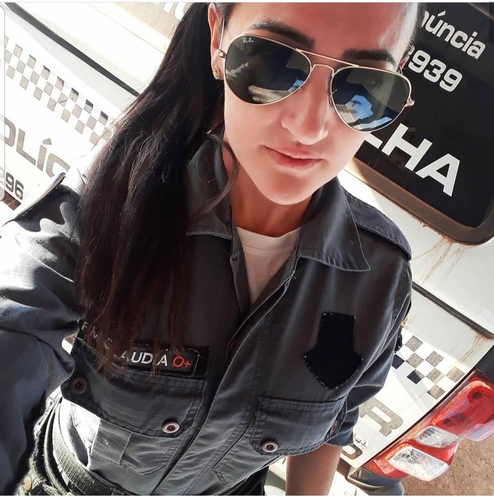 Policial militar Claudia Kafer, 32 anos, estava de folga e atirou em suspeito que atacou homem com um facão em Colniza — Foto: Instagram/Reprodução