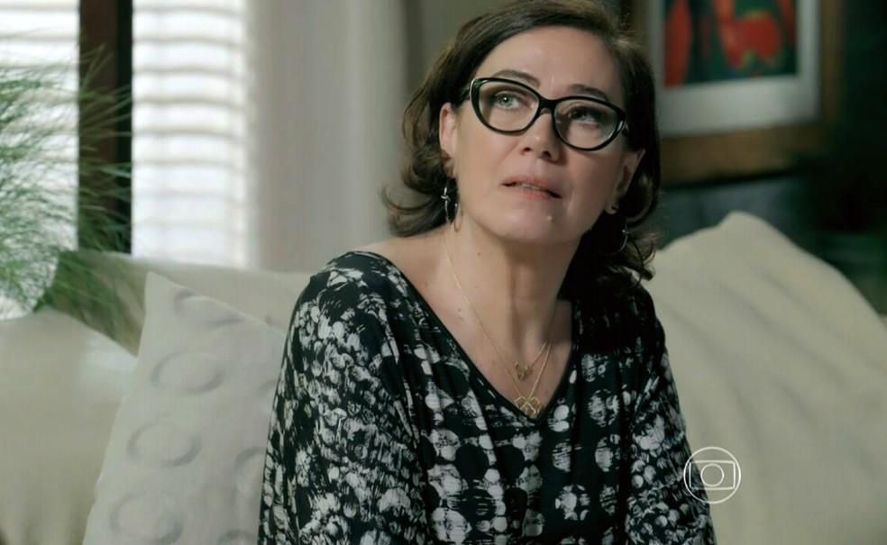Maria Marta (Lilia Cabral) descobre que João Lucas (Daniel Rocha) está apaixonado por Maria Isis (Marina Ruy Barbosa) - 'Império' — Foto: Globo