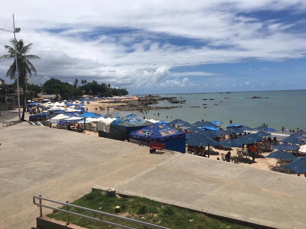 Crime ocorreu na praia de Itapuã, em Salvador  — Foto: Maiana Belo/G1