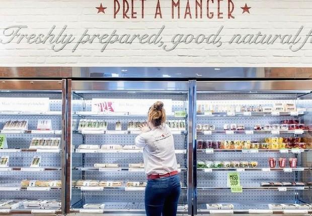 Loja da rede Pret a Manger. Regulações britânicas permitem que alguns alimentos sejam embalados sem a necessidade de se explicitar se contêm alergênicos (Foto: PA via BBC)