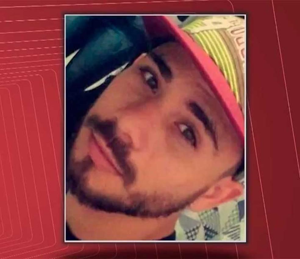Kesley Bonfim dos Santos foi morto ao ir a encontro com suposto cliente no sul da Bahia (Foto: Reprodução/TV Santa Cruz)