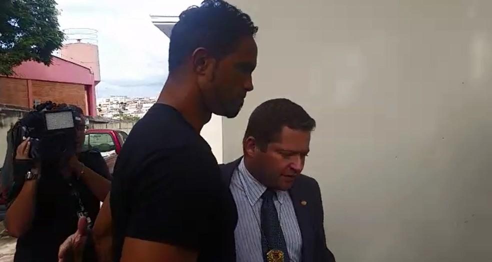 Goleiro Bruno está preso em Varginha desde abril de 2017 (Foto: Régis Melo)