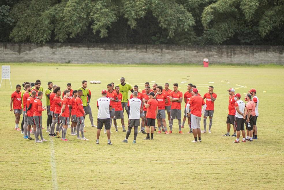 Elenco do Vitória treina na Toca do Leão — Foto: Pietro Carpi/Divulgação/E.C. Vitória