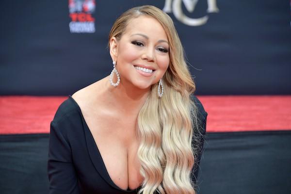 A cantora Mariah Carey sendo homenageada em Hollywood (Foto: Getty Images)