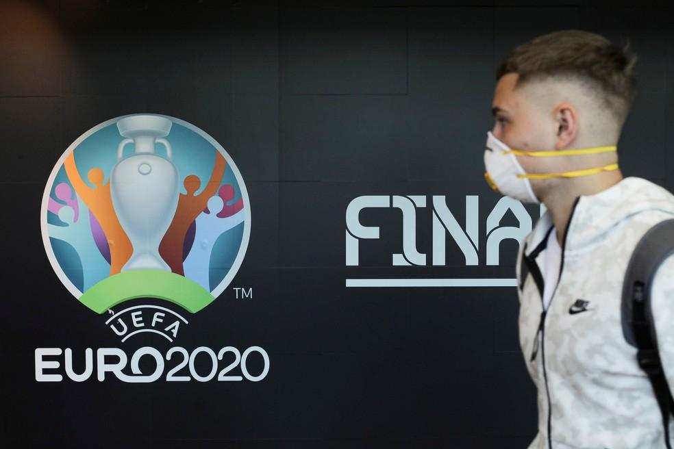 Eurocopa terá realização adiada em um ano, segundo imprensa europeia — Foto: Reuters