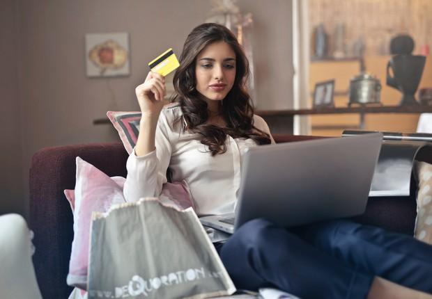 Cartão, consumo, confiança do consumidor (Foto: Pexels)