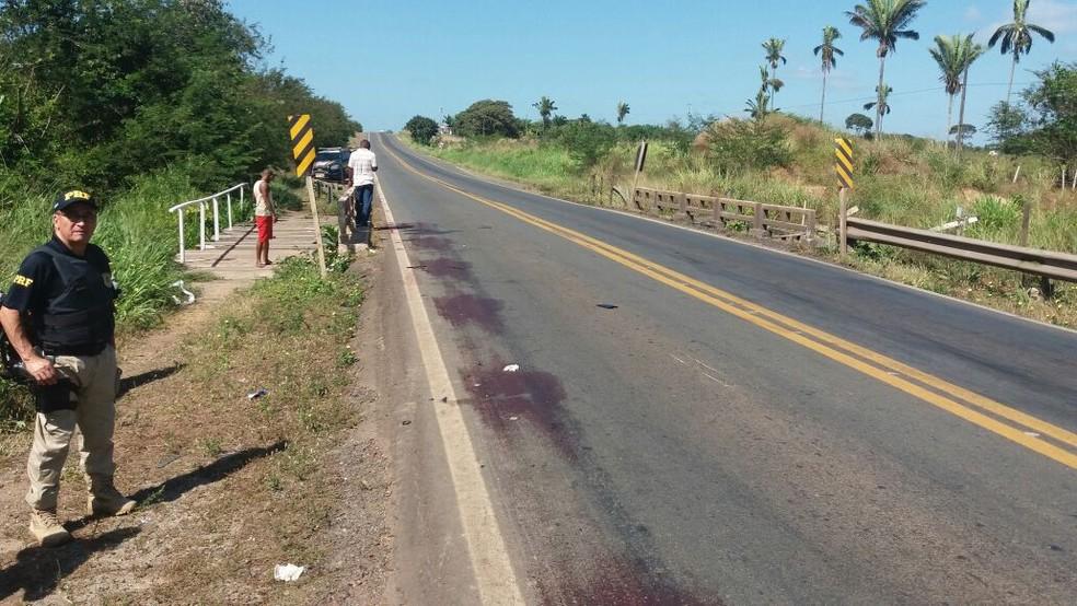 Colisão entre motos ocorreu próximo a Vila Fé em Deus no município de Santa Rita, a 78 km de São Luís. (Foto: Divulgação/PRF)