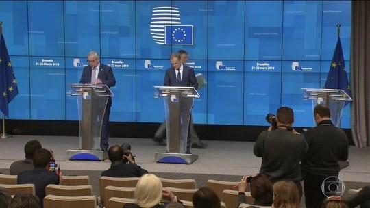 União Europeia aceita adiar Brexit para maio, se May aprovar acordo