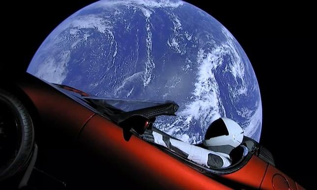 Tesla com Starman