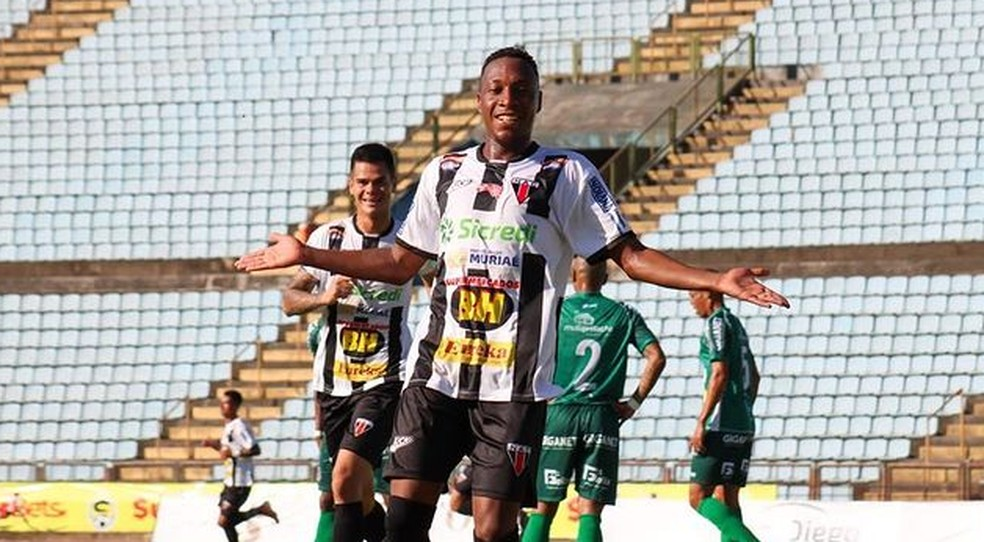 NAC, de Joãozinho, marcou 18 gols no torneio, mas não fez gol diante do Baeta — Foto: NAC/Divulgação