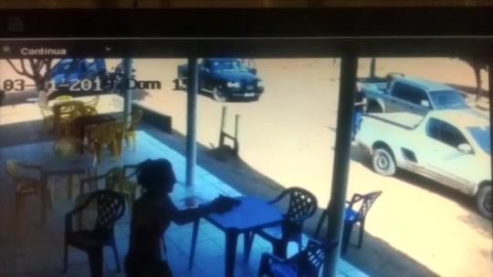 'Gritei e ele continuou', diz PM de folga que atirou em jovem que atacou cliente com facão em MT