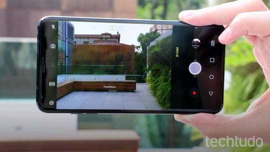 LG V35 vs iPhone X: os detalhes dos celulares mais poderosos da LG e Apple