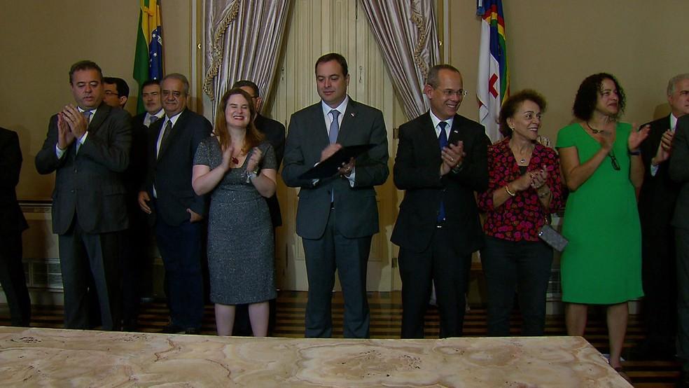 Cerimônia de premiação do Idepe aconteceu nesta quinta-feira (28), no Palácio do Campo das Princesas (Foto: Reprodução/TV Globo)