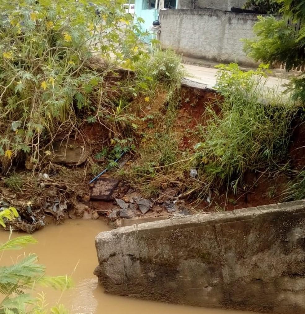Trecho na Rua Ciprestes, no bairro Guaçu, continua sem reparo — Foto: Divulgação/Prefeitura de São Roque
