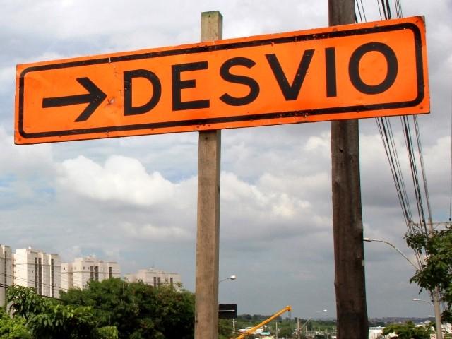 Obras do BRT bloqueiam tráfego de veículos em cruzamento do Centro de Campinas; veja desvios