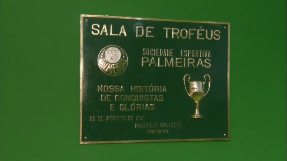 Sala de troféus do Palmeiras no Allianz Parque — Foto: Reprodução/TV Palmeiras Plus