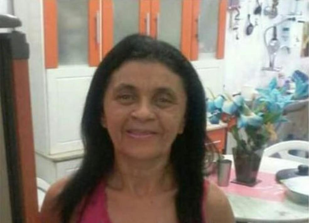 Maria do Socorro Pereira estava em um bar e foi morta por assaltantes (Foto: Reprodução)