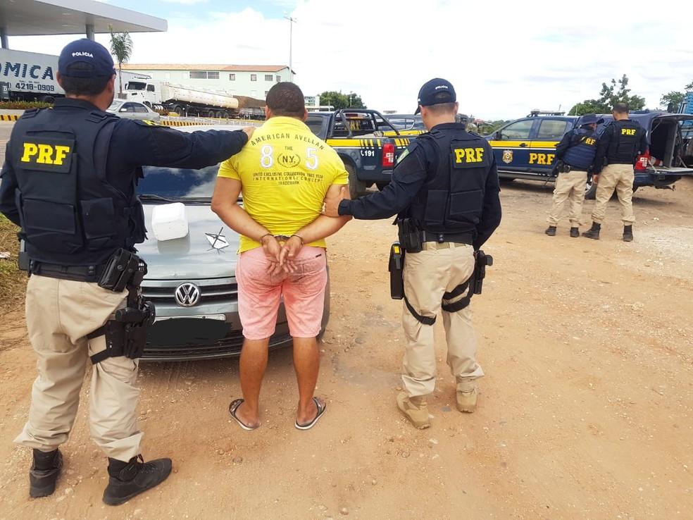 Político é preso quando 'incitava' bloqueio de caminhoneiros nas estradas no Ceará (Foto: PRF/Divulgação)