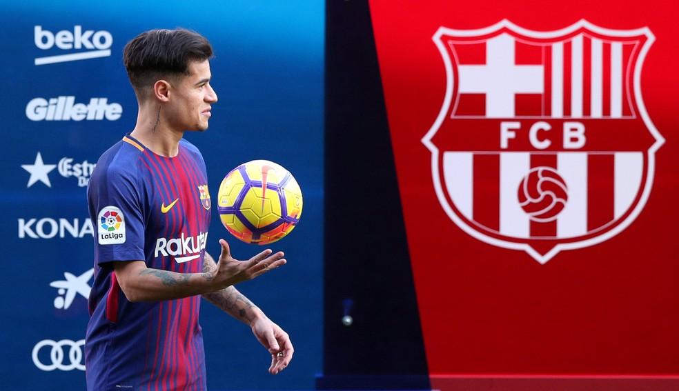 Philippe Coutinho foi apresentado na segunda no Barça (Foto: Reuters)