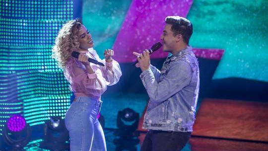 Anitta e Wesley Safadão cantam novo hit 'Romance com Safadeza' no 'Caldeirão'