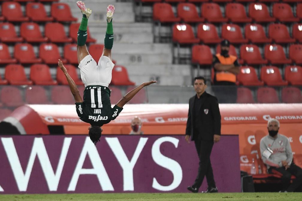 A comemoração do gol de Rony, do Palmeiras, contra o River Plate — Foto: Staff Images/Conmebol