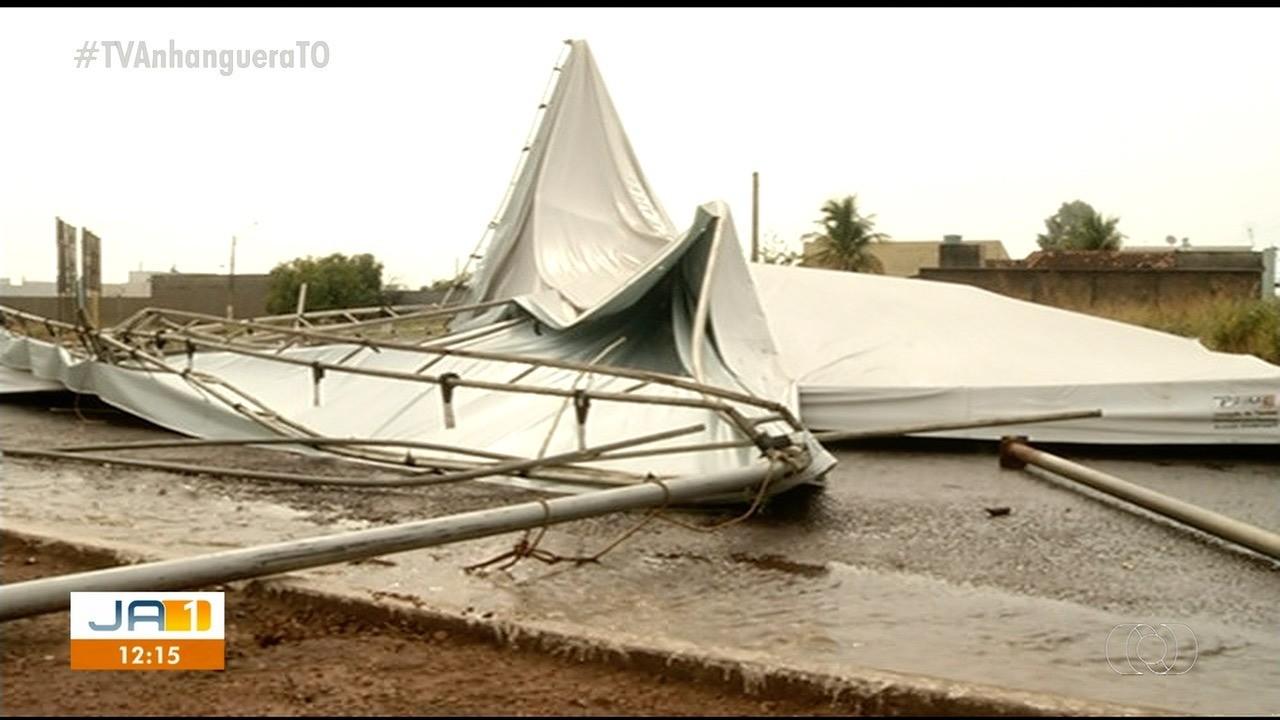 Vendaval derruba tendas e muro da Unidade Básica de Saúde durante chuva forte em Gurupi