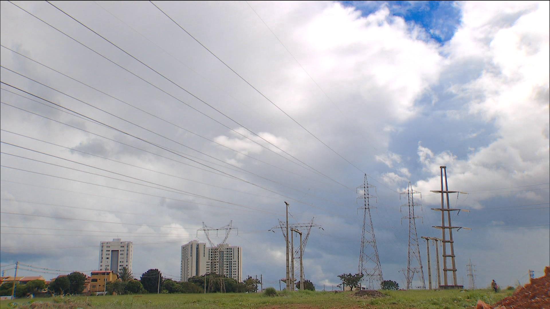 ONS vê carga de energia subir 3,3% em outubro com reabertura da economia