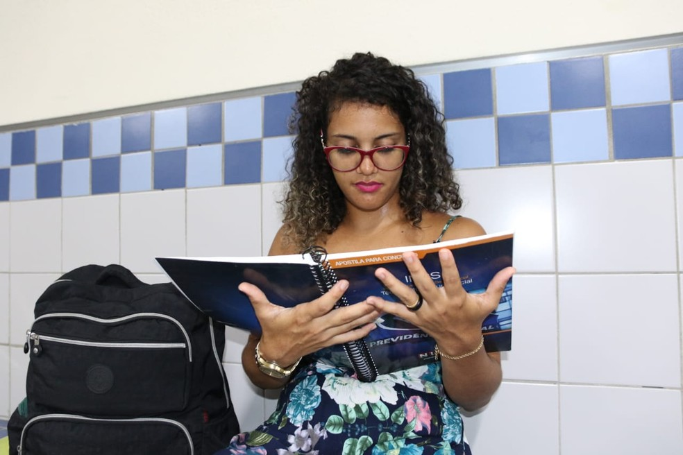 Após demissão, Fernanda mudou planos de carreira — Foto: Aldo Carneiro/Pernambuco Press