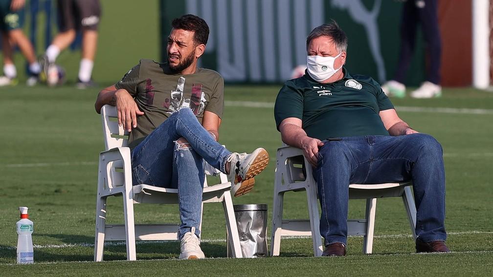 Edu Dracena e Anderson Barros na Academia de Futebol — Foto: Cesar Greco / Ag. Palmeiras