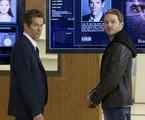 Kevin Bacon e Shawn Ashmore em cena de 'The following' | Divulgação