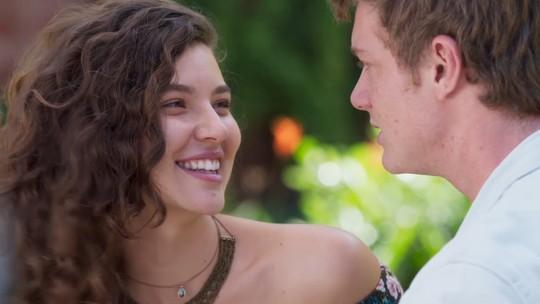 Filipe faz proposta para Rita: 'Vamos casar!'