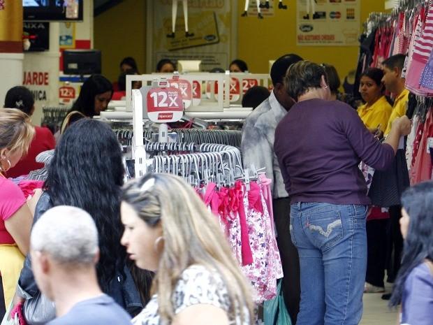 Paraná gera mais de 51 mil empregos com carteira assinada em 2019, indica Caged