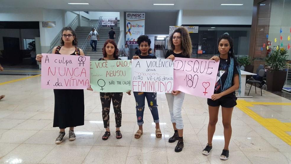 'Nós nos unimos para que isso causasse impacto e que as pessoas entendam que isso não é natural e não pode ser aceito', diz uma estudante (Foto: Lya Garcia/Arquivo pessoal)