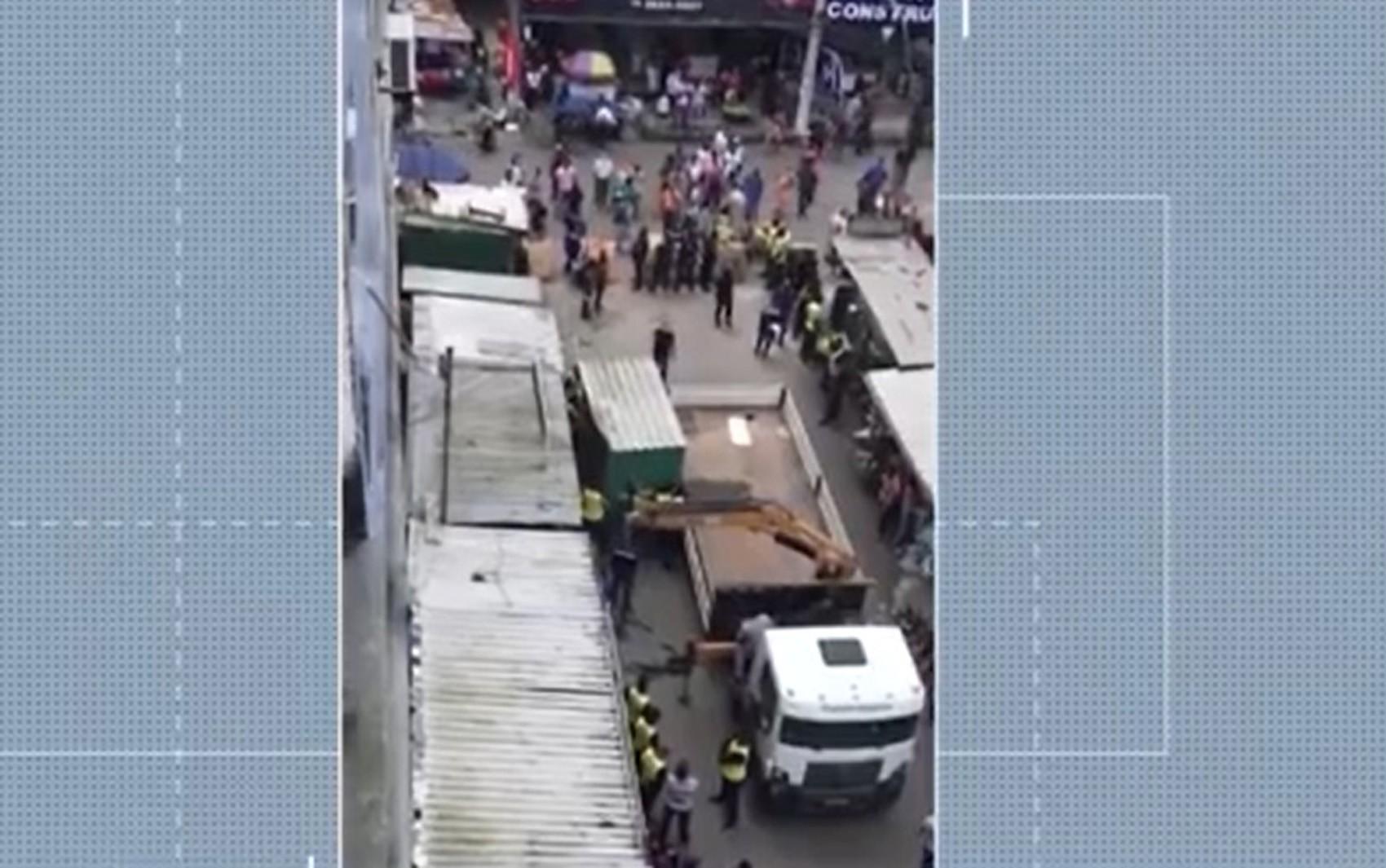 Desembargador suspende retirada de ambulantes do centro de Feira de Santana; decisão pode ser revista