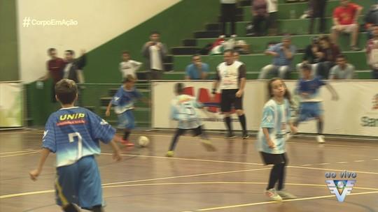 Fase de classificação da 17ª Copa TV Tribuna de Fustal Escolar se encerrou neste sábado