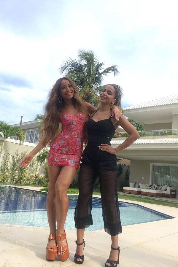 Sabrina e Anitta (Foto: Divulgação)