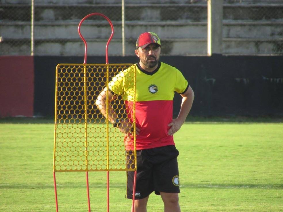 Técnico Luizinho Lopes busca que Globo FC consiga manter regularidade desta Série D neste jogo decisivo (Foto: Rhuan Carlos/Divulgação)