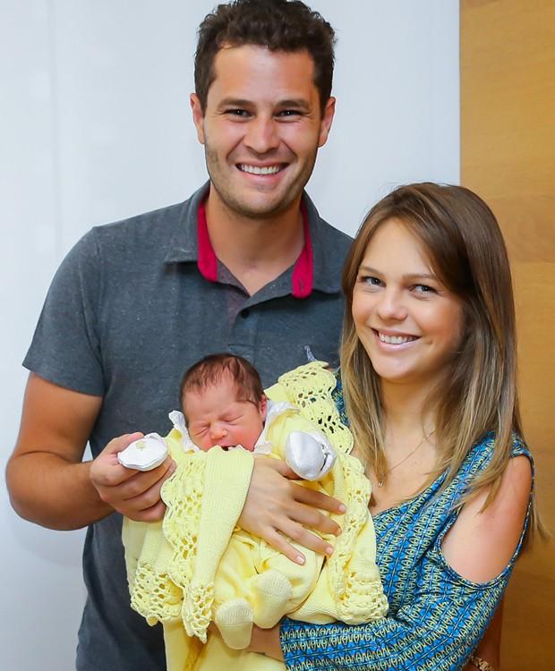 Pedro Leonardo, Thais Gebelein e Maria Vitória (Foto: Manuela Scarpa/Brazil News)