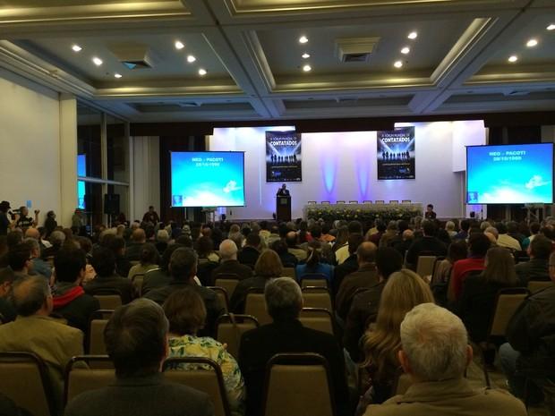 Evento de ufologia reúne palestrantes em Porto Alegre (Foto: Maria Polo/G1)