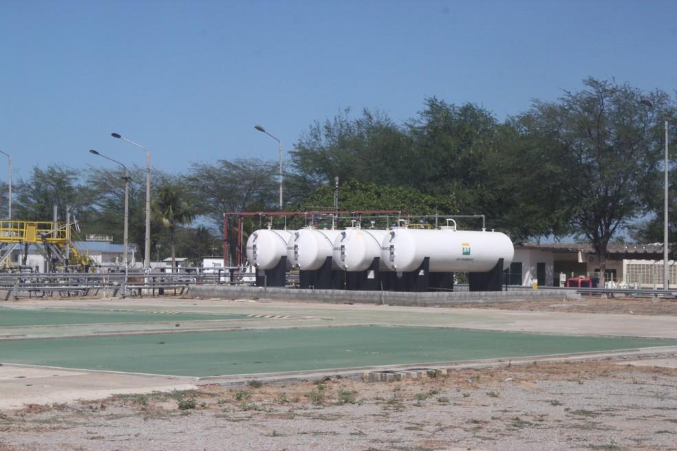 Pólo da Petrobras em Guamaré, RN (Foto: Igor Jácome/G1)
