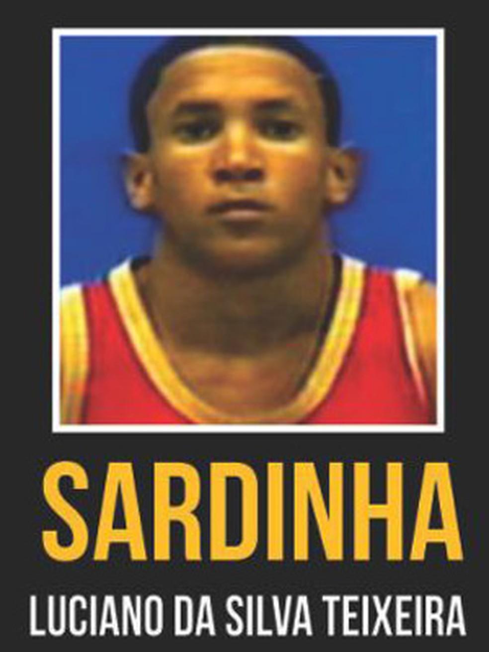 Luciano da Silva Teixeira, conhecido como Sardinha, seria o chefe do tráfico na Cidade de Deus — Foto: Reprodução/Site Disque-Denúncia
